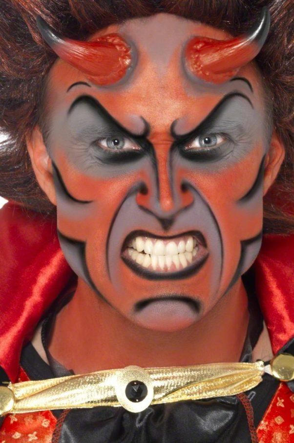 Photo du produit Kit maquillage démon avec cornes adulte Halloween